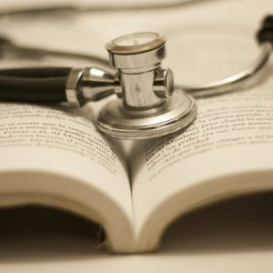 Stetoskop Und Buch